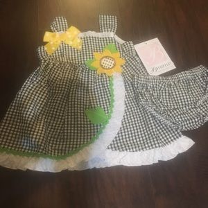 Super cute Bonnie Baby dress with bloomers